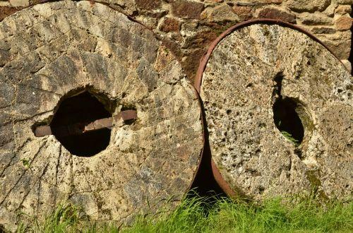 mill mill stone times