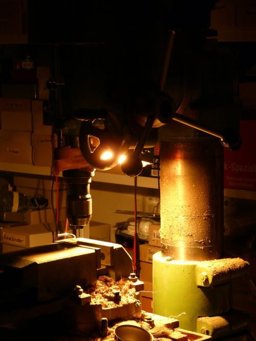 milling machine drilling drill