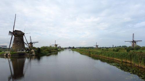 mills kinderdijk windmills