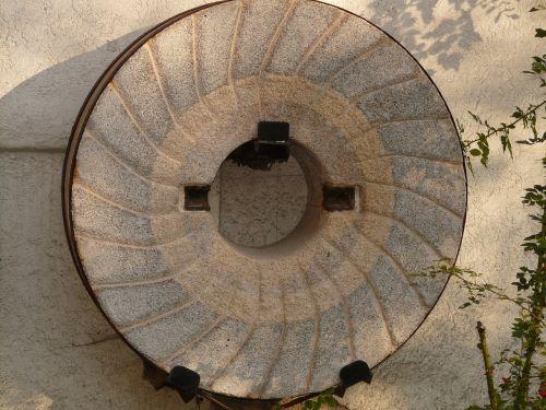 millstone mill stone