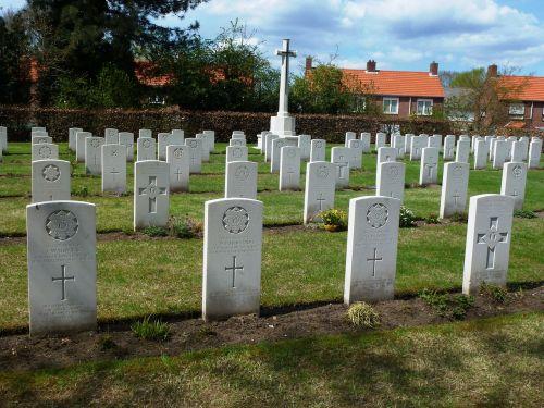 milsbeek netherlands war cemetery