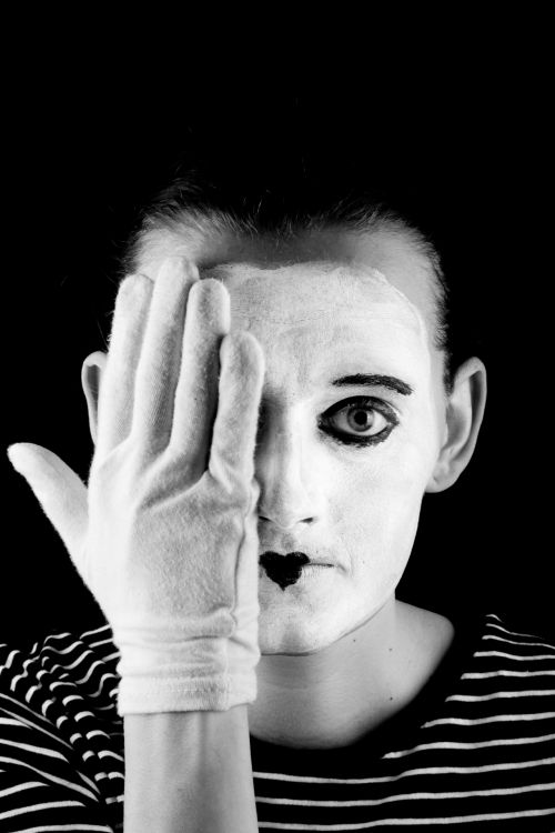 Mime On The Black