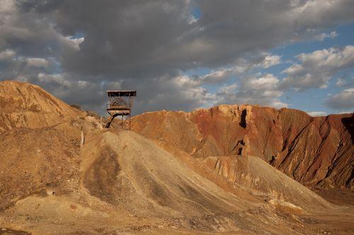 mines spain atmosphere