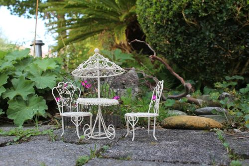 mini garden picnic barbecue