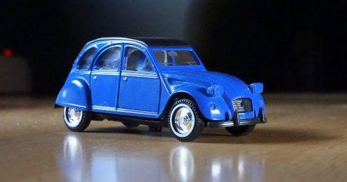 miniature citroen 2cv car