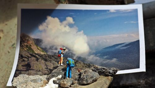 miniature miniature figures art