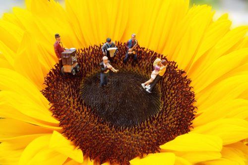 miniature ho2 figures