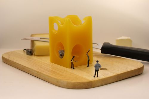 miniature figures mousetrap cheese