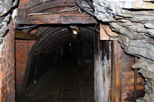 mining tunnel resin