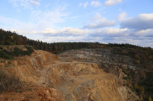 mining  removal  industry
