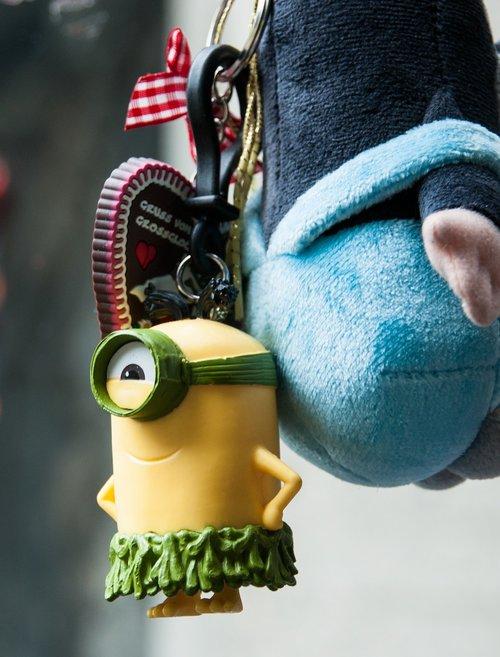 minion  trailers  pixar