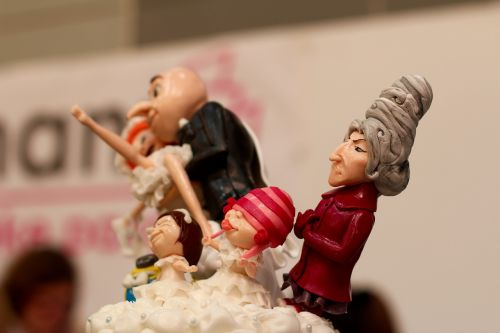 cake minions caricature