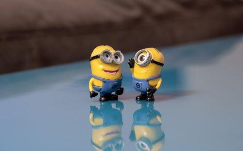minions talking smile