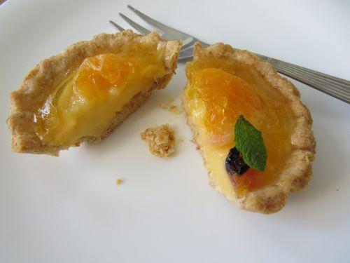 minitarta custard tangerine pastry