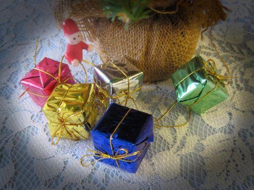 Miniature Presents