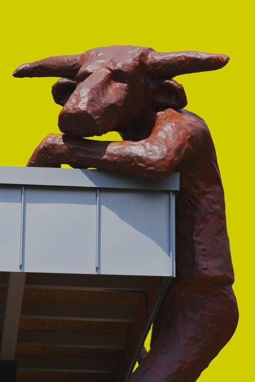 minotaur  sculpture  horns