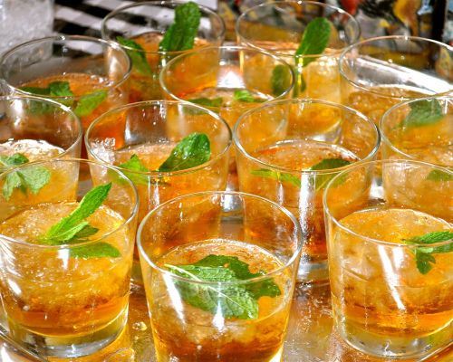 mint juleps mint alcohol