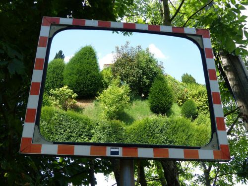 mirror traffic mirror reflection