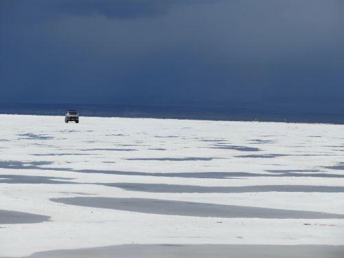 mirroring salt lake water