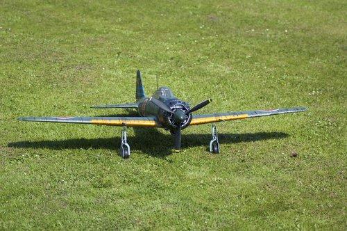 mitsubishi a6m  zero  aircraft