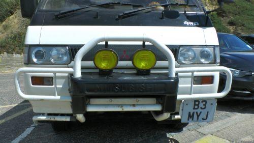 Mitsubishi Delica 4WD MPV Bull Bars