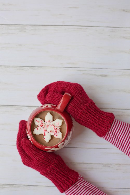 mittens  hot chocolate  red