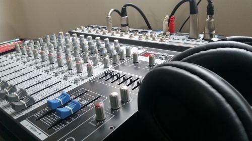 mix audio sound