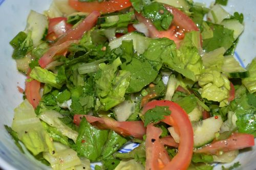 mixed green salads vegetables salads