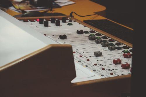 mixer mixing desk mixing