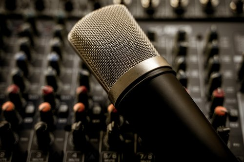 mixer  dj  controller
