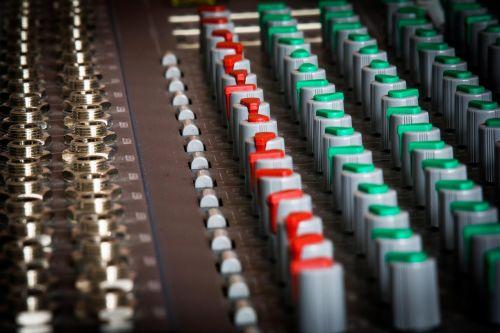 mixer amplifier amp