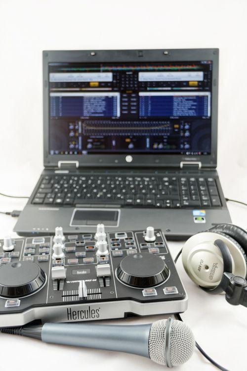 mixer headphones audio