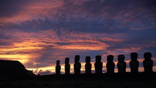 moai  sunrise  easter island