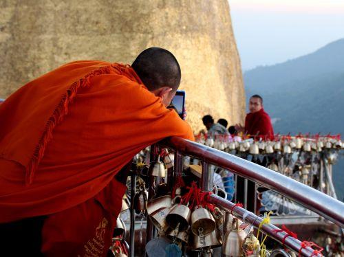 mobile monks technology