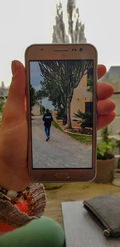 mobile phone  socialmedia  hand