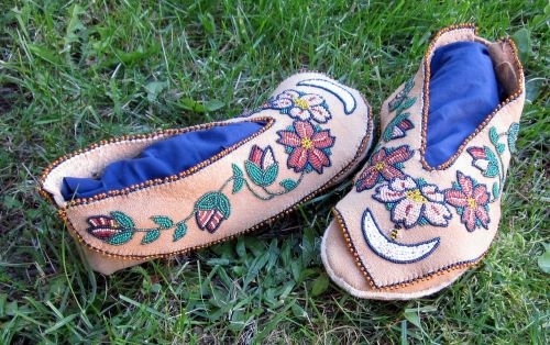 moccasins traditional culture
