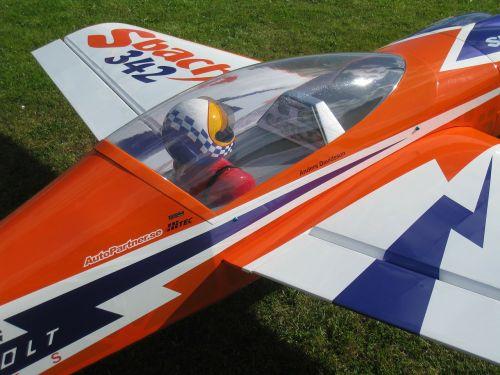 model airplane colors grass