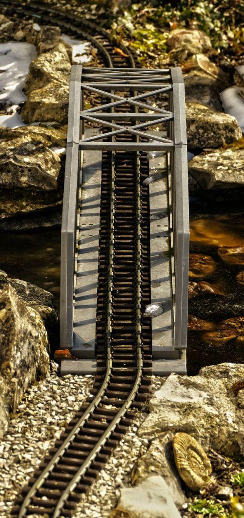 model railway seemed railway bridge