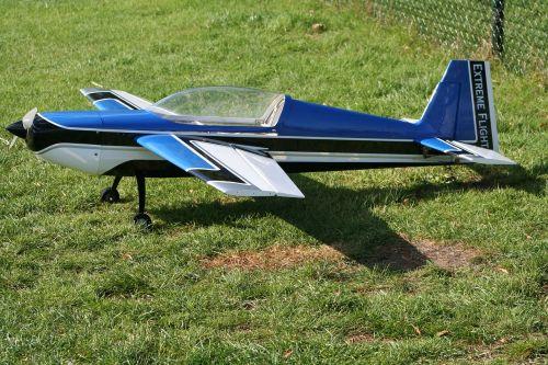 modeling hobby plane