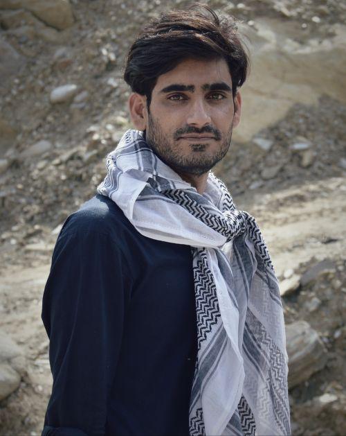 modeling menswear mens scarf