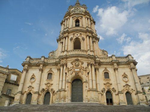 modica sicily church