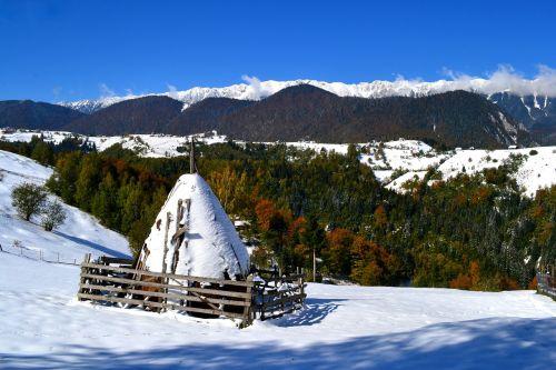 moeciu landscape mountain