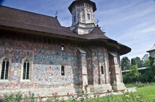 moldoviţa monastery romania frescoes