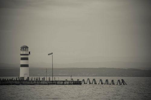 mole lighthouse lake