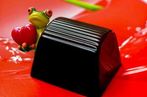 mon cherie praline frog