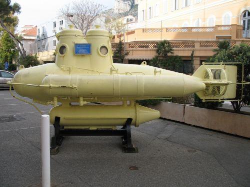 Monaco Yellow Submarine