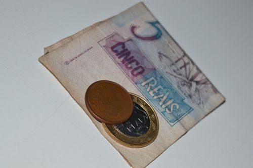 money real currency