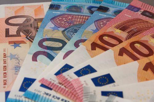 money bank note finance