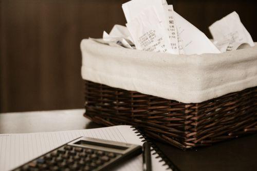 money bills calculator