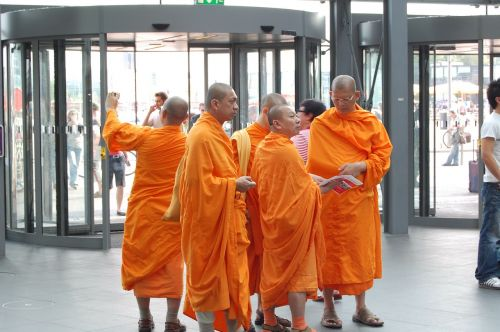 monk tibetan monks